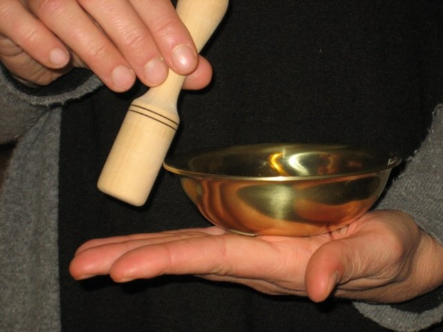 How to distinguish a true Harmonic Singing Bowl from a off-tuned bowl